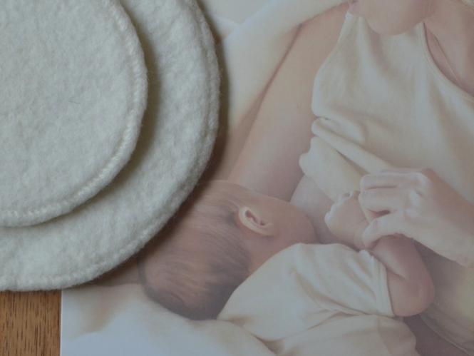 Breastfeeding nursing pads